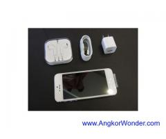 New Apple iPhone 5 64GB / Q10 / Galaxy S4 == $450USD